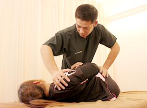 腰に対する施術写真